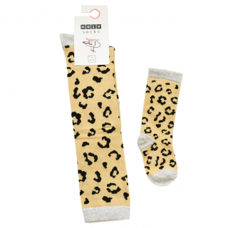 Leopard dokolenice