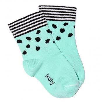 Prugasto tufnaste čarapice
