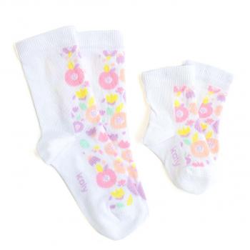 Čarape sa poljskim cvećem