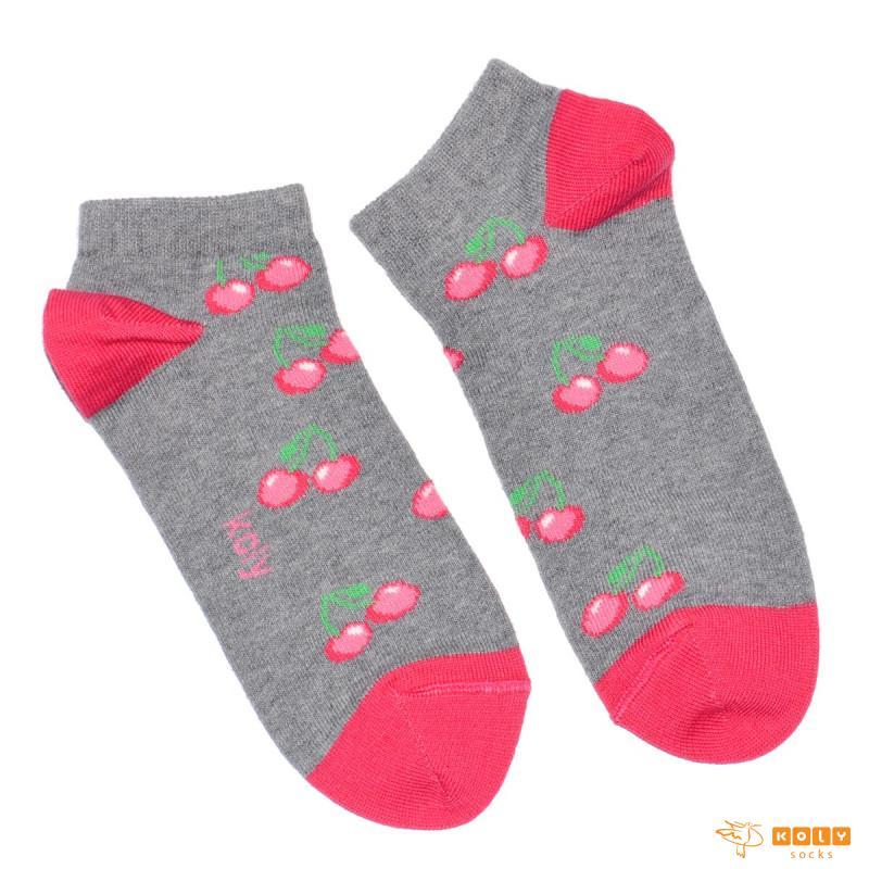 Čarape sa višnjama