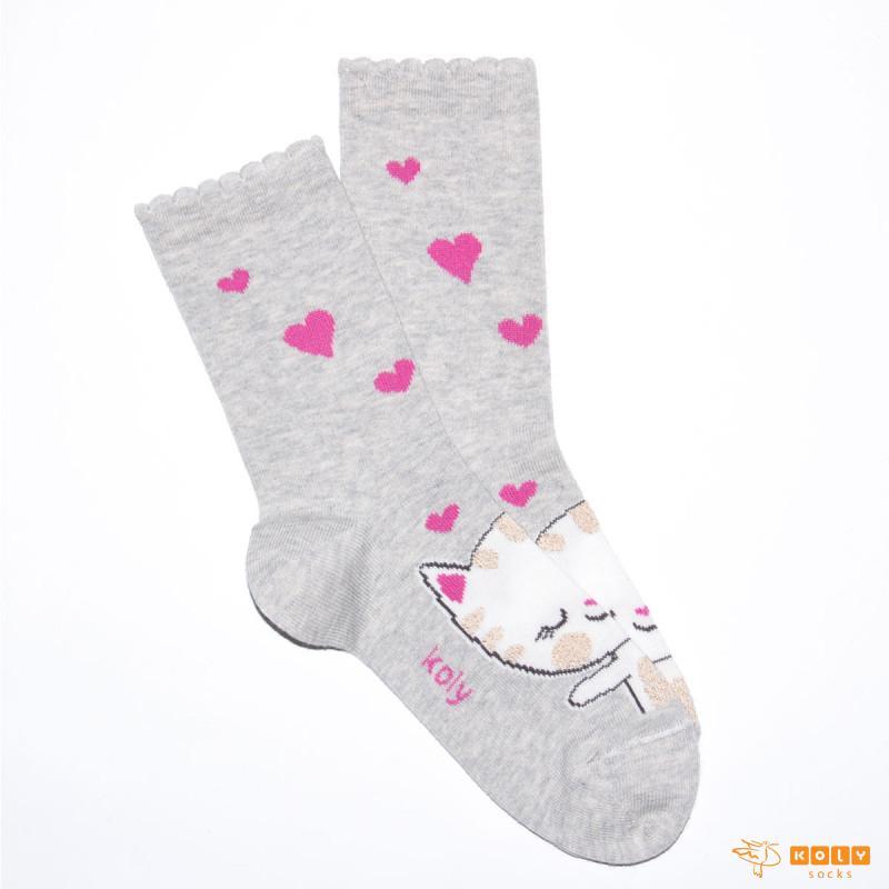 Čarape sa zaljubljenom macom